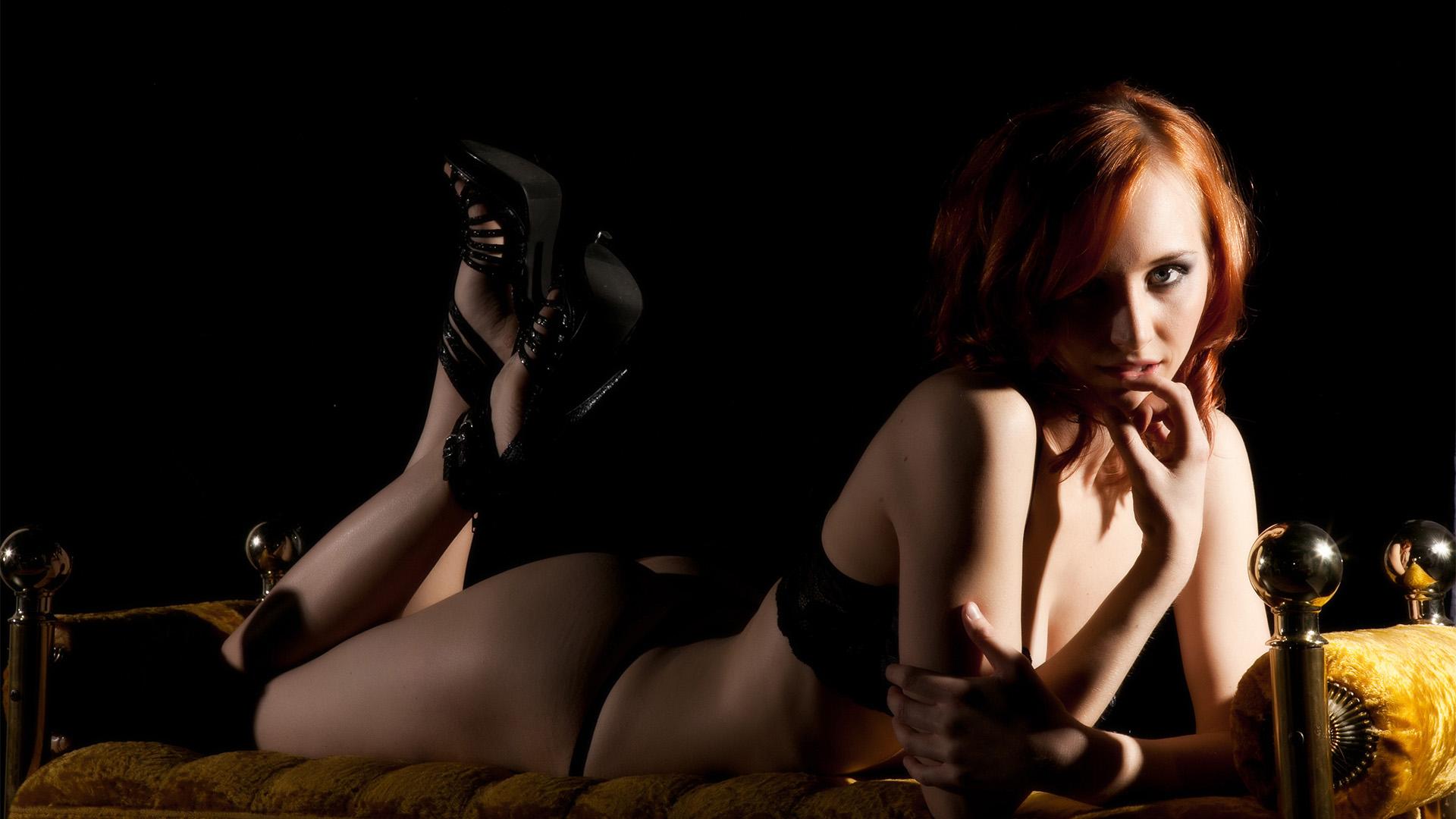 naughty-veephoto